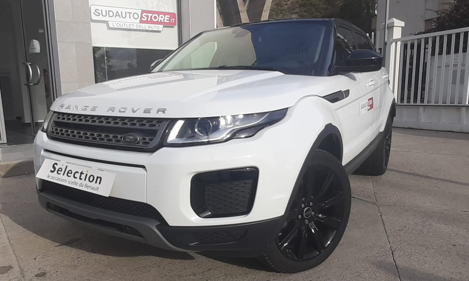 LAND ROVER  RANGE ROVER EVOQUE 2.0 eD4 5P BUSINESS PURE